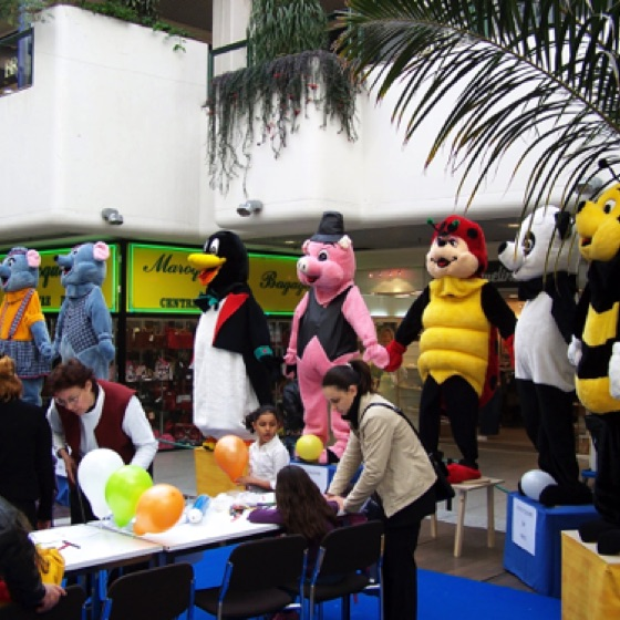 animation centre commercial mascotte 3.JPG